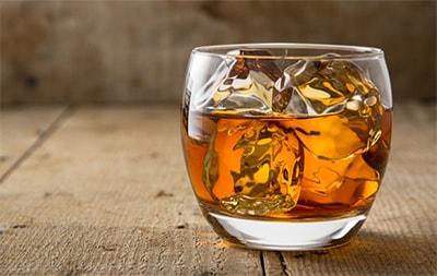 Виски со льдом – а надо ли?