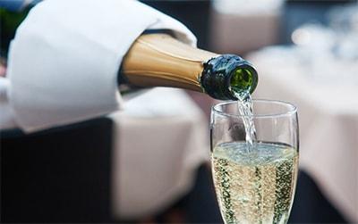 Пьянит ли шампанское превью