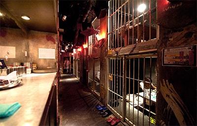 Хочется посетить необычный бар? В Alcatraz! превью