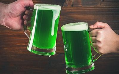 Зеленое пиво – натуральный продукт или красители?