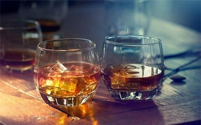 Бурбон – особенности напитка и правила распития