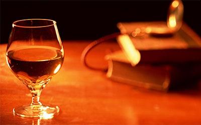 Винтажный коньяк – особенности напитка