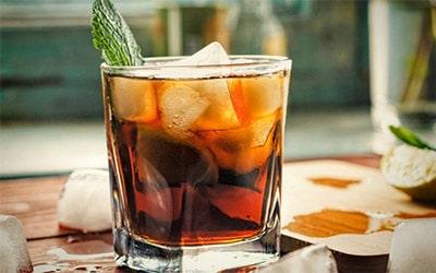 Ром: как и с чем его пить превью